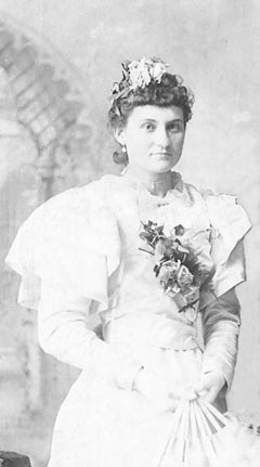 Minnie on her wedding day in 1890