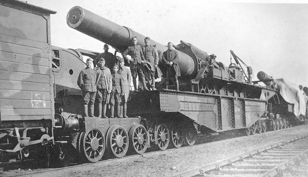 Weapon on a Train in WWI