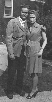Wally Jeske and Rosie Schulte in June 1947